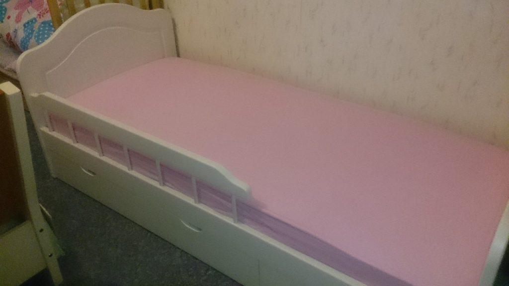 Кровать ева для детей из массива дерева. Мебель Остров